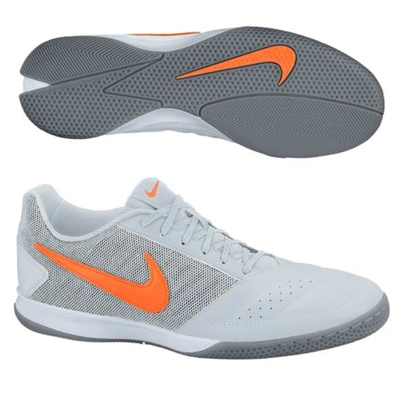 bd3dc8300b1b3 Nike FC 247 Gato II Indoor Soccer shoes. Size 10. M_5bf0ad83534ef931d5a9609d